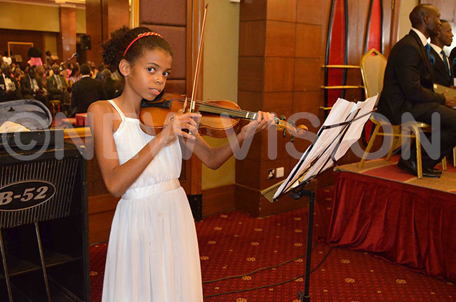 young violinist who accompanied the childrens choir
