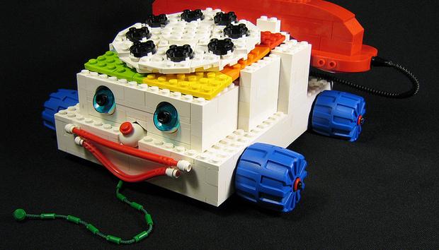 lego-phone