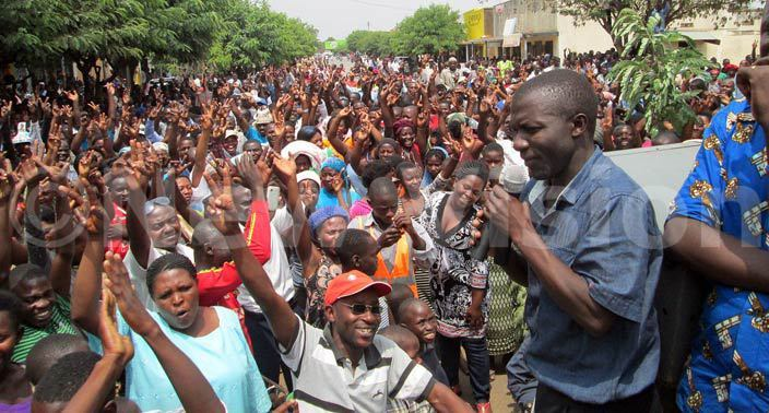 usongora orth  onstituency illiam zoghu addressing supporters during a procession on a asese street eb 25 hoto by ohn hawite