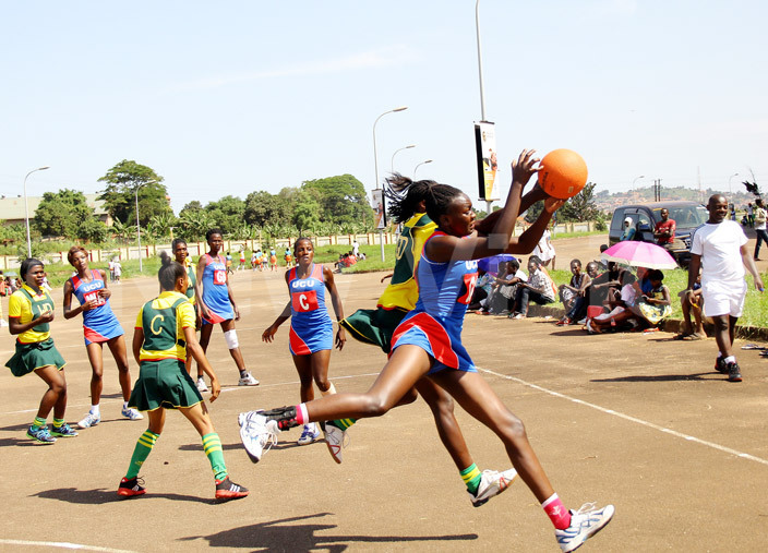 layer in blue battles a  player during the ational won netball league at amboole stadium he two drew 2828