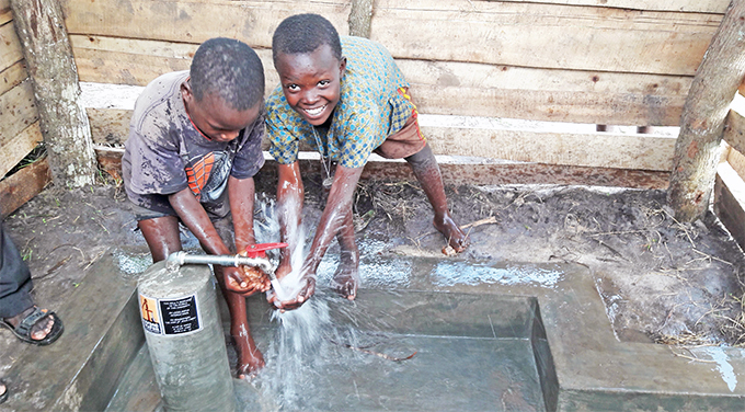 hildren accessing clean water in ugazi overnment data indicates that 32 of gandans cannot access clean water