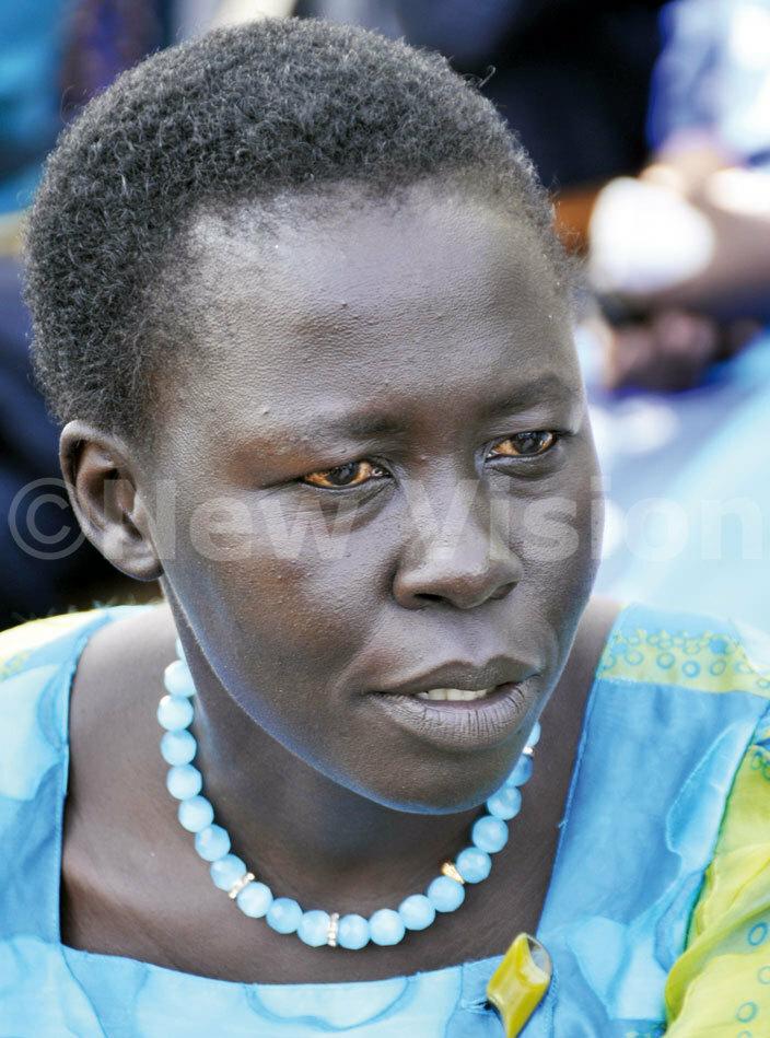 lice laso woman  for erere
