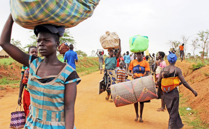 ore outh udanese refugees arrive at amwo district through gomoromo border point