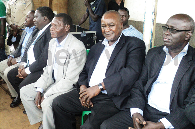 ukenya second right with opposition s at a campaign rally for s renda abukenya in ay 2015 hoto by redrick iwanuka