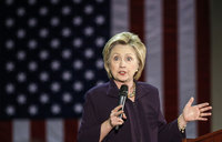 Email scandal returns to dog Clinton presidential bid