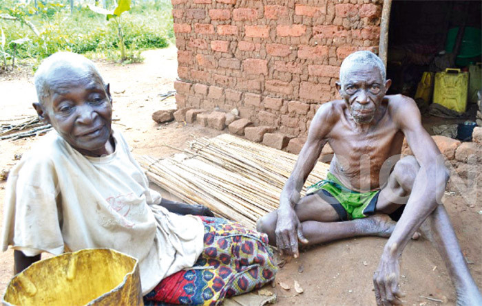 aganda with his wife at their home in amuli he 94yearold now survives on charity as he has no one to fend for him