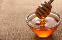Man held for 82 days for bringing honey into US