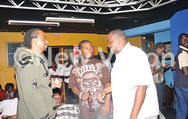 t the height of their beef over uga flow or ga low avio and he ith met  at the ity eat ll tars party anuary 2010