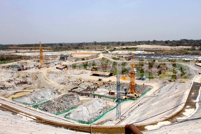 600 aruma ower am under construction he dam is expected to be complete in 2018