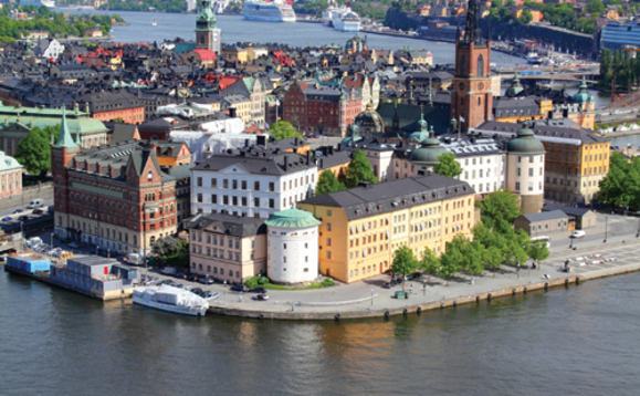 August sees net inflows to bond funds, outflows from equity funds in Sweden