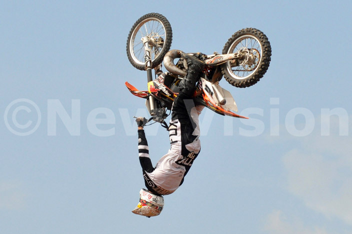 outh frican freestyler ick e it in action during ational otocross hampionship event in usiika ctober 20 2013