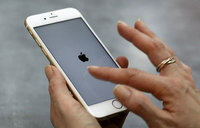 China users 'complain of combustible iPhones'