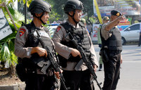 IS-linked suicide bomber hits Indonesia police station