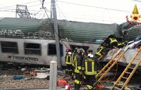 Three dead, scores injured as train derails in Italy