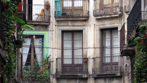barcelona-barri-gotic-windows-by-ard-hesselink