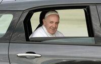 Pope targets corruption in politics ahead of final Peru mass