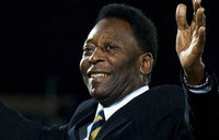 Pele to stay in Paris hospital for extra night: advisor