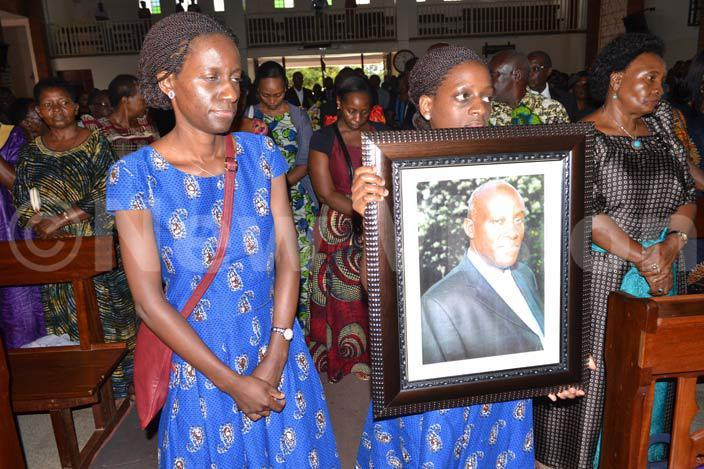 he late amson uwanguzi died on aturday at sambya hospital  funeral service was held in his honour onday afternoon hoto by achael wagala