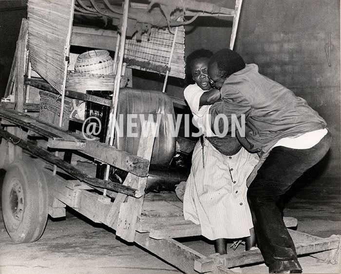ose bowa as ama alukalala other ourage being handled by adre mupadiri in the ritish ouncil directed play ctober 1995