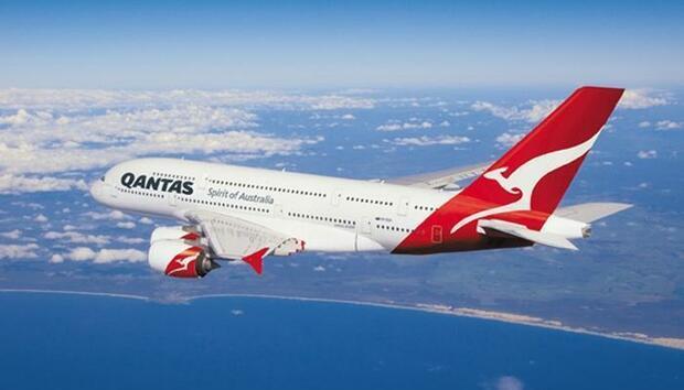 qantas11100741076orig