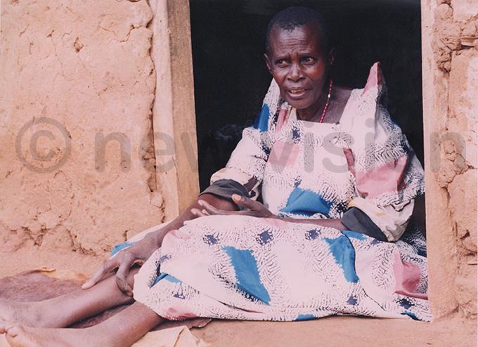 owanina anyonga who claimed the soil could heal the sick ile hoto