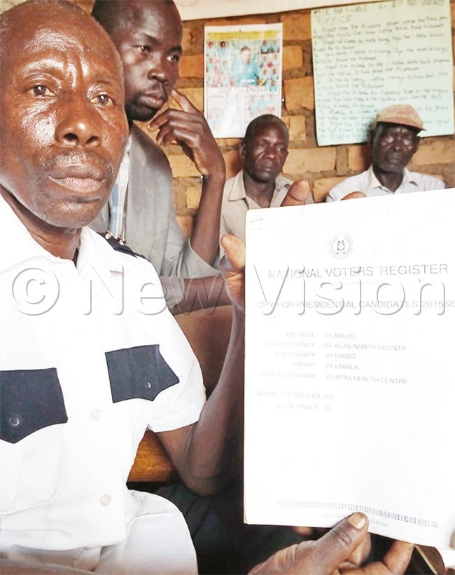 bola displays the voters register for paa ealth entre