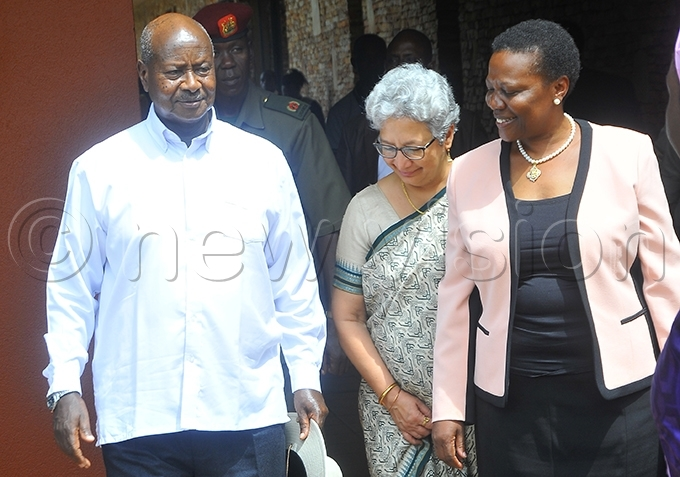 he peaker of arliament said she had forwarded a list of officials who swindled money to resident oweri useveni something rene uloni disputed ile hoto
