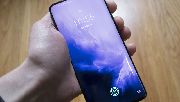 The $669 OnePlus 7 Pro makes the $1,000 iPhones and Galaxies look overpriced