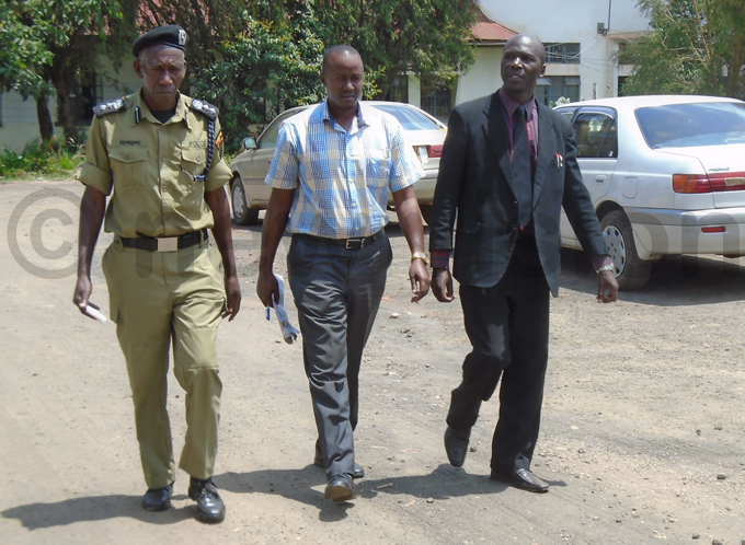 mmanuel kundizana  the cademic taff ssociation chairperson after his arrest hoto by ob amanya