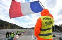 French PM to detail Macron's measures to appease 'yellow vests'