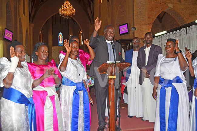 ev iwanda and his siblings singing ukutendereza esu the song of hristian salvation