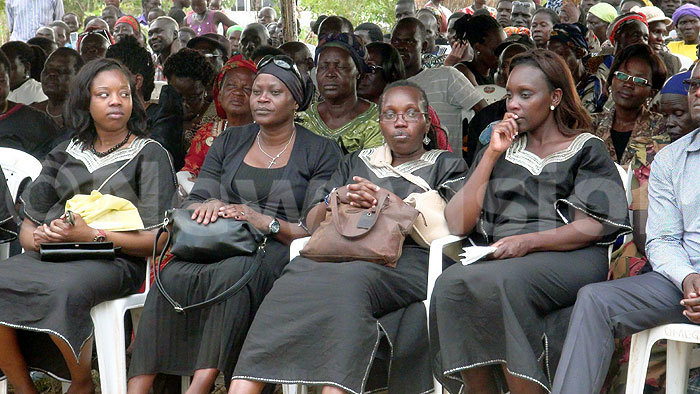 ome of the surviving family of the late r bonyo at the burial at adi pei subcounty redit okorachboi
