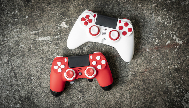 Giveaway: Win a Scuf Gaming controller featuring PCWorld colors!