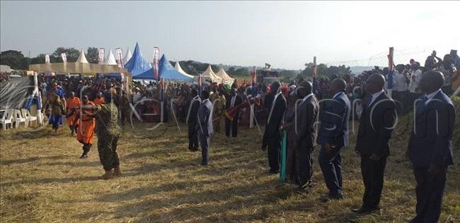 fficials awaiting the abakas arrival