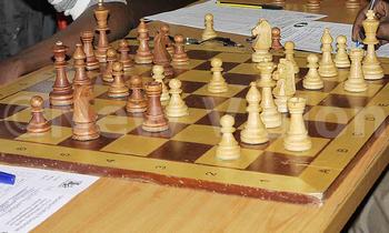 Chess league04 350x210