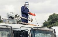Zimbabwe doctors sue over lack of virus protection