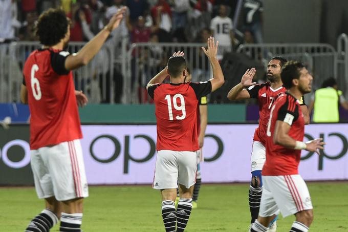 gypts players celebrate their goal against ganda at the org alrab tadium  hoto