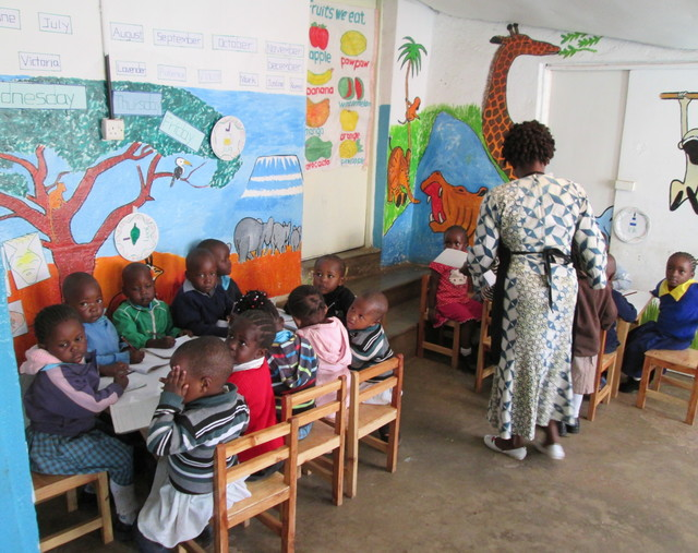 kidogo-children-learning-how-to-read-and-write-at-kibera-hub
