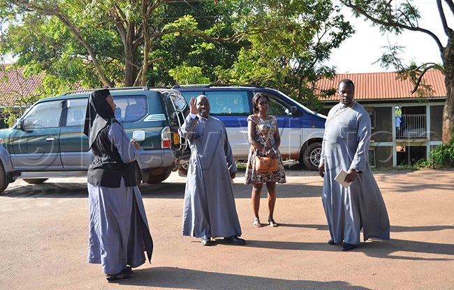 rthodox clerics and nuns at t icholas rthodox athedral amungoona