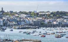 Guernsey exchange listings shrink in 2015
