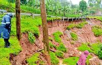 Road to DRC, Rwanda diverted in Ntungamo over pavement failure