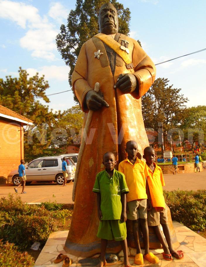 statue of tanslas ugwanya who donated the land at abojja where  will be built