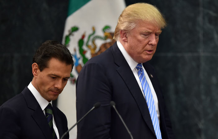 presidential candidate onald rump  and exican resident nrique ena ieto prepare to deliver a joint press conference in exico ity on ugust 31 2016