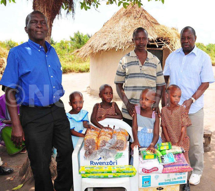 awooya left and ugwana right donated items to the quadruplets