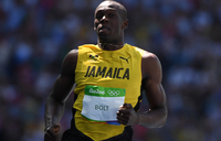 Bolt fires starting gun on Games Super Saturday