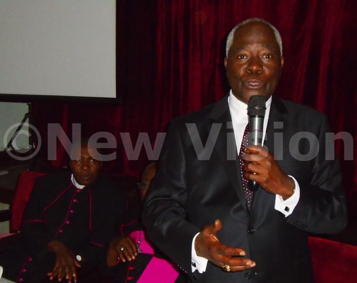 entenary ank xecutive irector r imon agugube delivers his speech