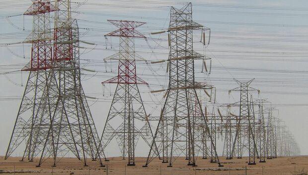 qatarpowerlines100643505orig