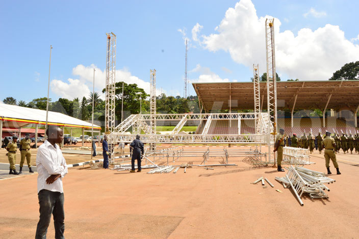 he latform is being erected at ololo ndependence ground ahead of the residential swearing ceremony hotohamim aad