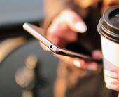 handscoffeesmartphonetechnology100649899orig