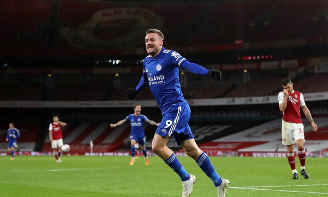 Vardy rocks Arsenal as Leicester go fourth